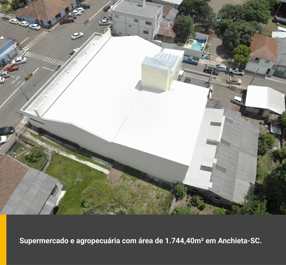 Supermercado e agropecuária com área de 1.744,40m² em Anchieta / SC