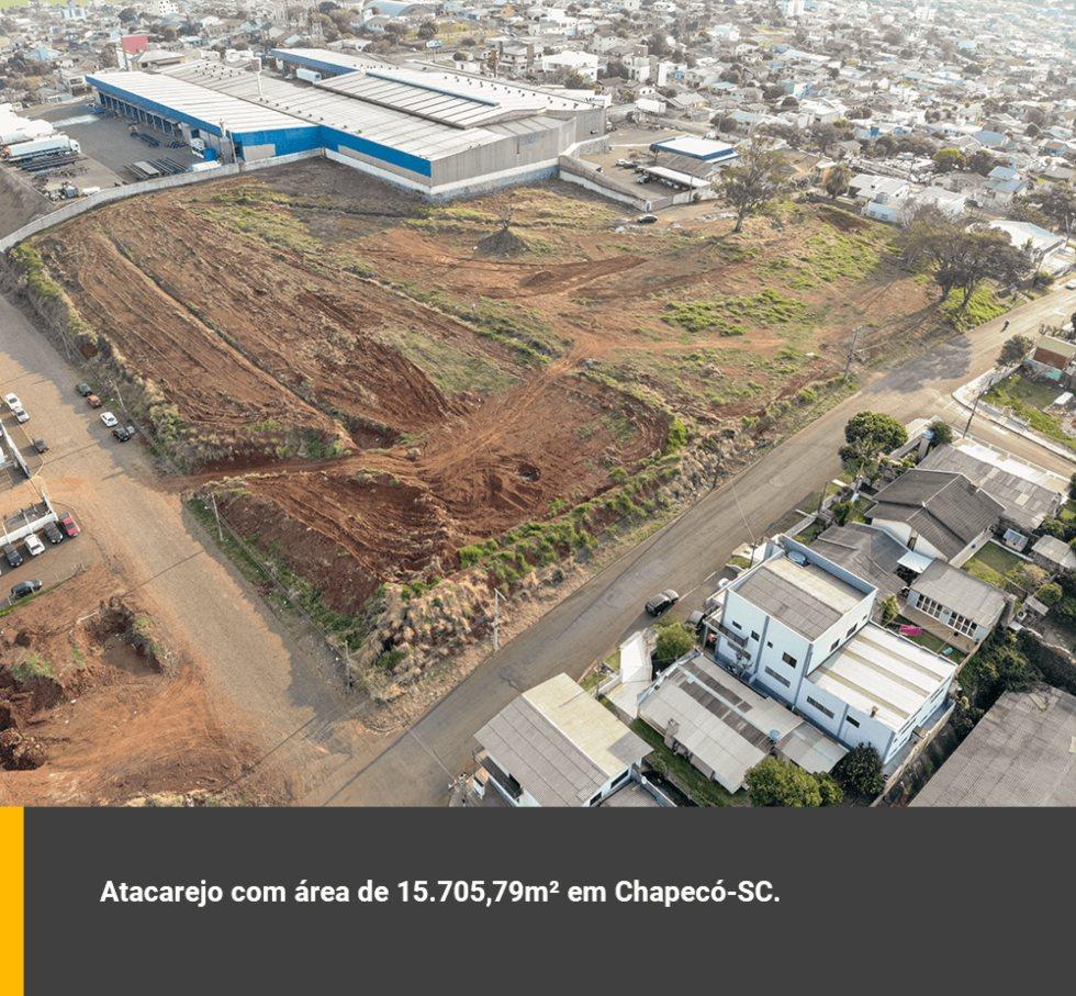 Atacarejo com área de 15.705,79m² em Chapecó-SC.