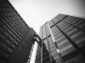 Engenharia e Construção edifício preto e branco